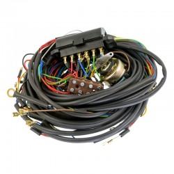 990031, 1420990031 Instalacja elektryczna do ciągników, pasuje do C-360-3P, alternator