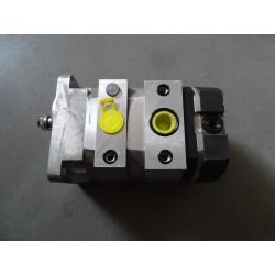 0000706032KR, 070603  Pompa hydrauliczna 3 sekcyjna CLASS